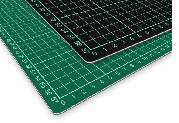 selbstheilende Schneidematte 60 x 45 cm (A2) grün/schwarz mit Raster
