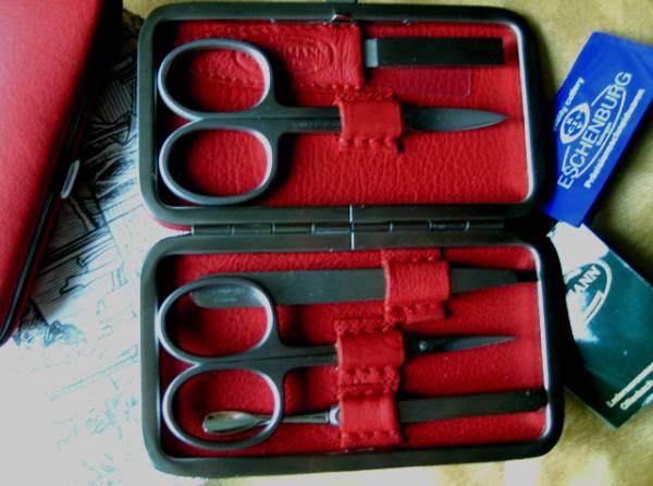 F. Hammann 5-teiliges Maniküre Nageletui für Damen aus rotem Leder -Solingen